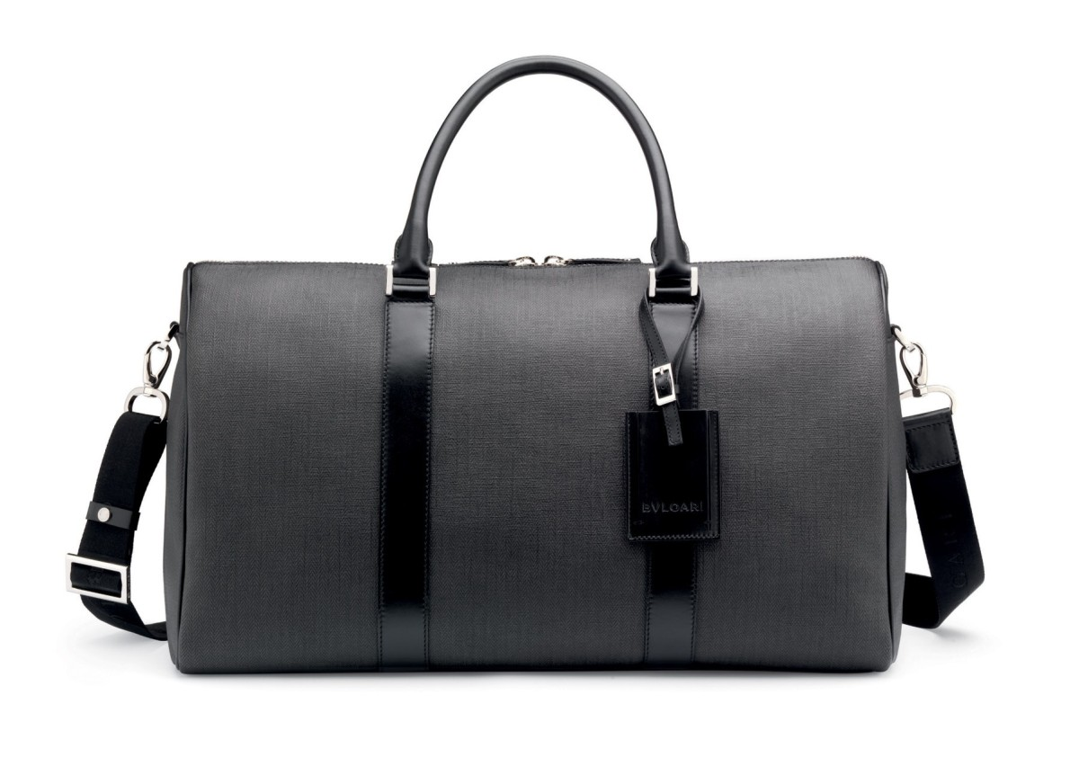8fff02684733 Stylish Bag for Men  The Formal   Casual Bulgari Men s Travel Bag ...