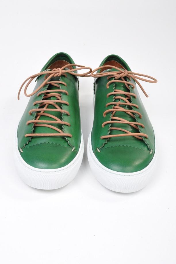 porvocacao_Buttero_GreenPinkedLowTopSneaker2