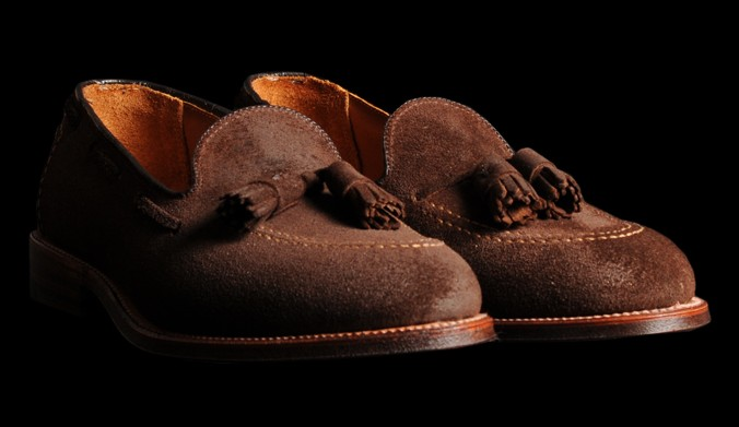 Since 1884, the Alden Shoe Company has designed and manufactured classic gentlemen's footwear that represents America's tradition of old-school, custom shoemaking at its finest