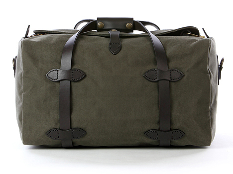 travel light yet heavy on style- Filson small duffle bag in green