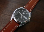 monsieurs buyers guide to automatic dress watches- seiko5-1SNX123-2