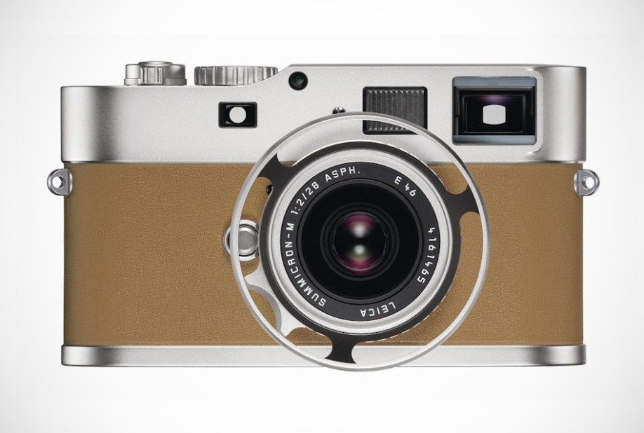 travel in style with the Leica-M9-P-Edition-Hermes