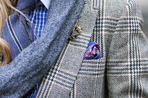 Blue on blue on blue on blue. Simple yet simultaneously complex. Bronze lapel pin provides accent to the look.