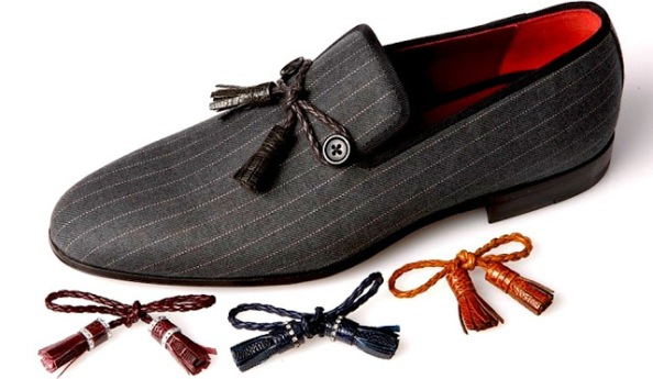 The loafers not only feature interchangeable tassels but if you pay close attention to details, those tassels also feature leather weave- pushing the shoes an inch closer towards a classic look.