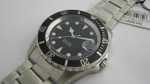 build any watch you want with seiko 5 - rolex sub homage