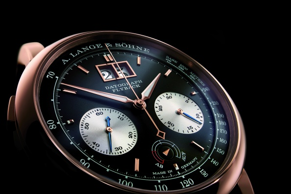 The Lange Datograph was first introduced in 1999 and recently for SIHH 2015, it was updated with black dial set within a pink-gold case.