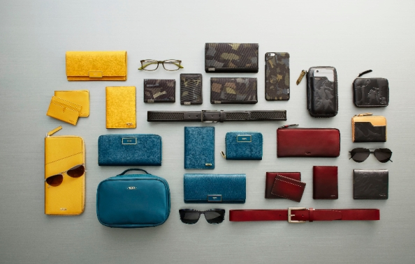 Tumi's FW 2015 collection encompasses a very thoughtful end-to-end solution for style coordinated travel - from Alpha Readers in Olive and Camouflage billfolds and phone cases to colourful Sinclair passport holders in yellow and Teal.