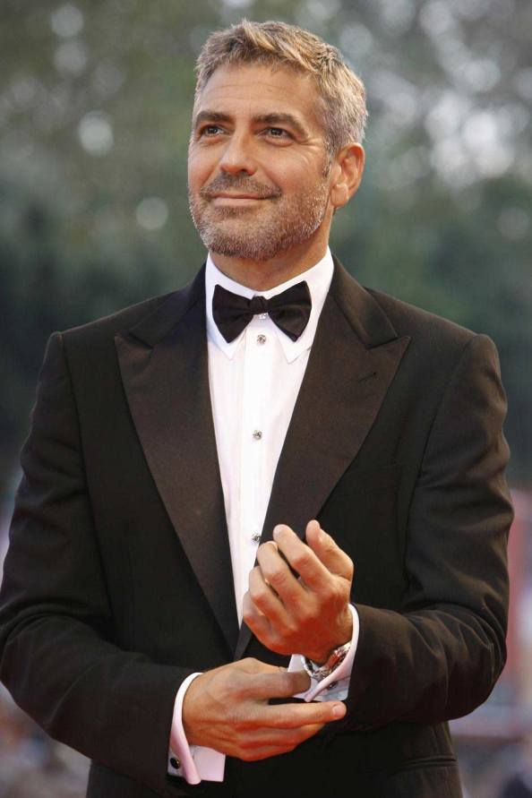 I spy an Omega Aqua Terra under the shirt cuffs of Mr. Clooney.