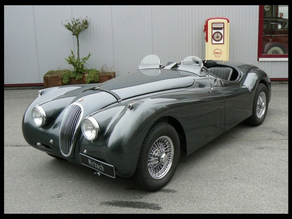 Jaguar XK120- The Reason Why Vintage Cars are Worth it 2